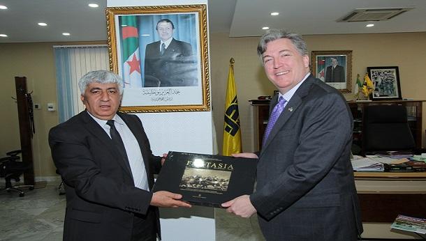 Le Président Directeur Général reçoit  SEM, John. P. DESROCHER, Ambassadeur des Etats–Unis d'Amérique à Alger