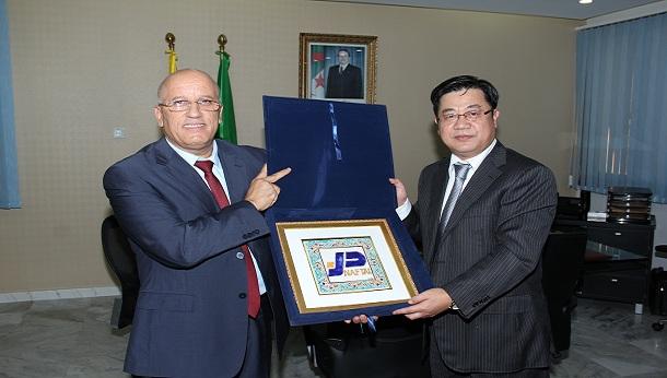 Le Président Directeur Général reçoit son Excellence, Monsieur l'Ambassadeur de la République Populaire de Chine à Alger